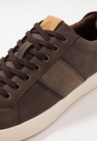 ALDO - LOVERICIA - Sneaker low - dark brown - 5
