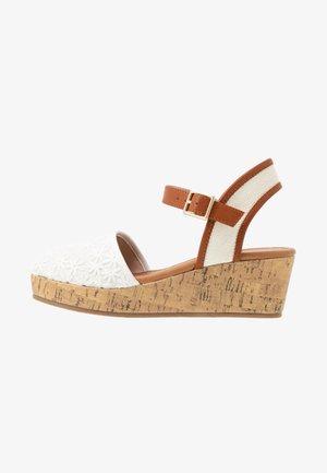 VEASEN - Sandals - white