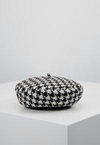 ALDO - MALYAN - Mössa - black/white - 0