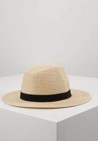 ALDO - MASYN - Hatt - light natural and black with gold - 3