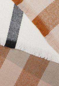 ALDO - CHODDA - Sjaal - winter white/blush - 2