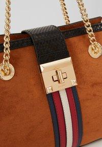 ALDO - YERAWIA - Handbag - rust - 6
