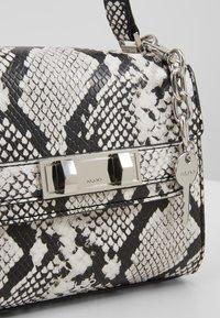 ALDO - REATHIEL - Håndtasker - black/white - 6