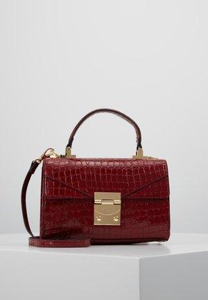 MILVA - Handbag - bordo
