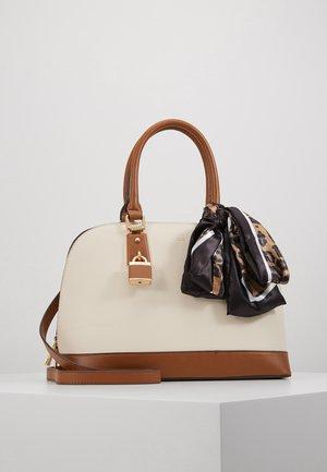 YILARI - Handbag - bone/tan combo/gold-coloured