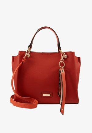 VIREMMA - Handväska - burnt ochre/gold-coloured