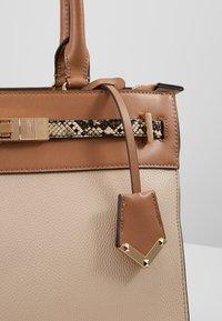 ALDO - FERMES - Handbag - nude/tan/gold-coloured - 2