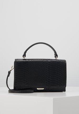 DETERSA - Handtasche - black