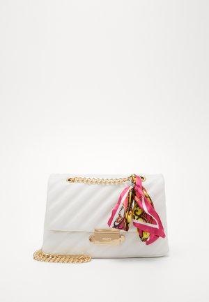 HALOBAENA - Handtasche - white
