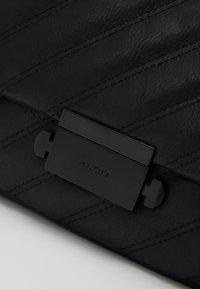 ALDO - HALOBAENA - Käsilaukku - black - 2