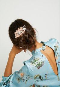 ALDO - NUNIA - Akcesoria do stylizacji włosów - pink miscellaneous - 1