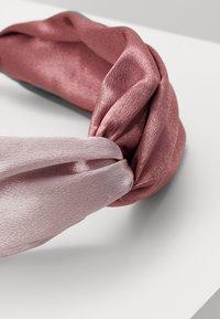 ALDO - SILVERDOLLAR - Příslušenství kvlasovému stylingu - blush combo - 2
