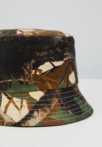 ALDO - KIBERLAIN - Hat - khaki multi/black combo - 2