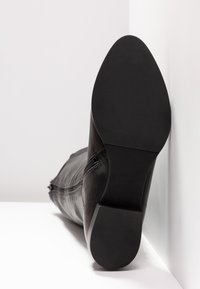 another project - Boots - black - 6