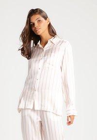 ASCENO - Pyjamasöverdel - blush - 0