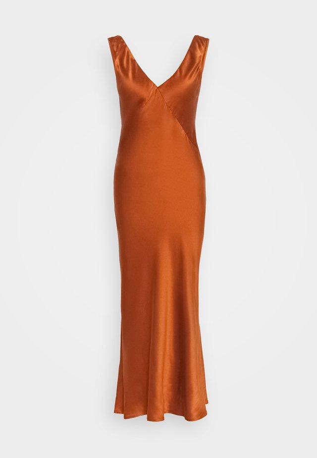 THE SLIP DRESS - Nightie - rust