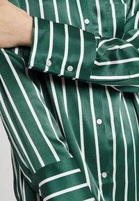 ASCENO - SLEEP - Camicia da notte - bottle green - 5