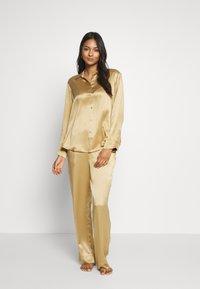 ASCENO - THE LONDON TOP - Maglia del pigiama - antique gold - 1