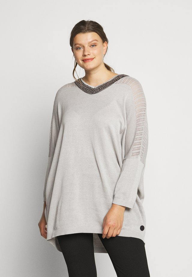 O-NECK SLEEVES - Strikkegenser - light grey