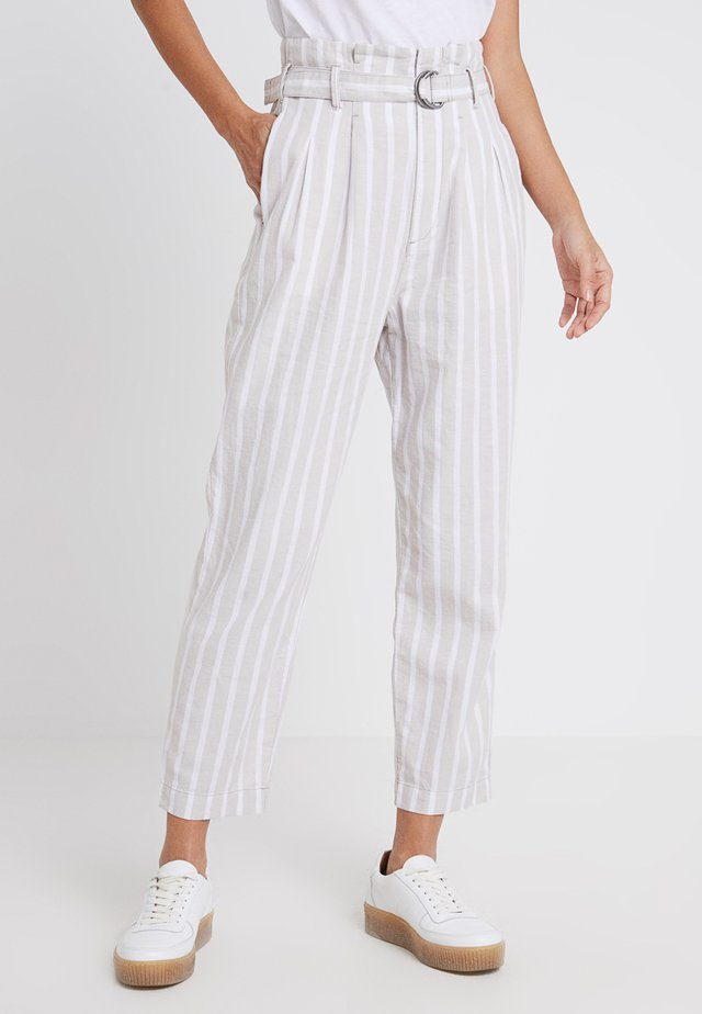 PAPERBAG WAIST PANT - Trousers - cream stripe