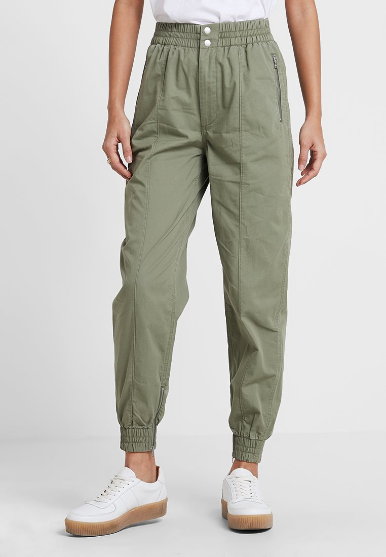 Abercrombie & Fitch - MILTARY CROP WIDE LEG PANT - Trousers - olive