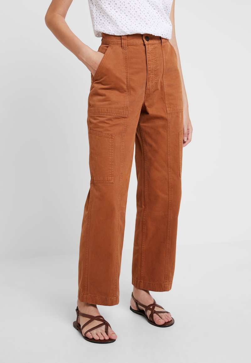 Abercrombie & Fitch - CARPENTER STRAIGHT LEG - Trousers - argan oil