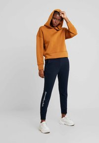 Abercrombie & Fitch - HIGH RISE JOGGER - Tracksuit bottoms - sky captian - 1