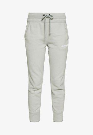TREND LOGO JOGGER  - Teplákové kalhoty - moss grey