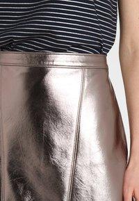 Abercrombie & Fitch - Áčková sukně - pewter dark silver metallic - 4