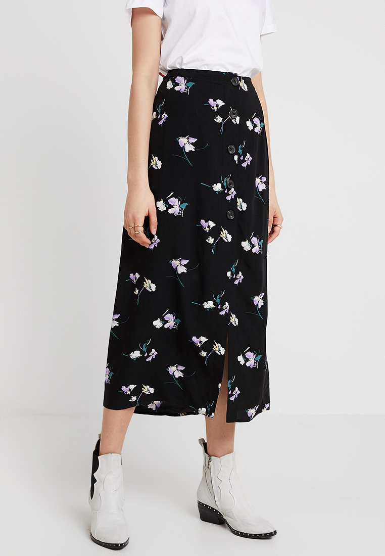 Abercrombie & Fitch - BUTTON SKIRT - Maxi skirt - black grounded