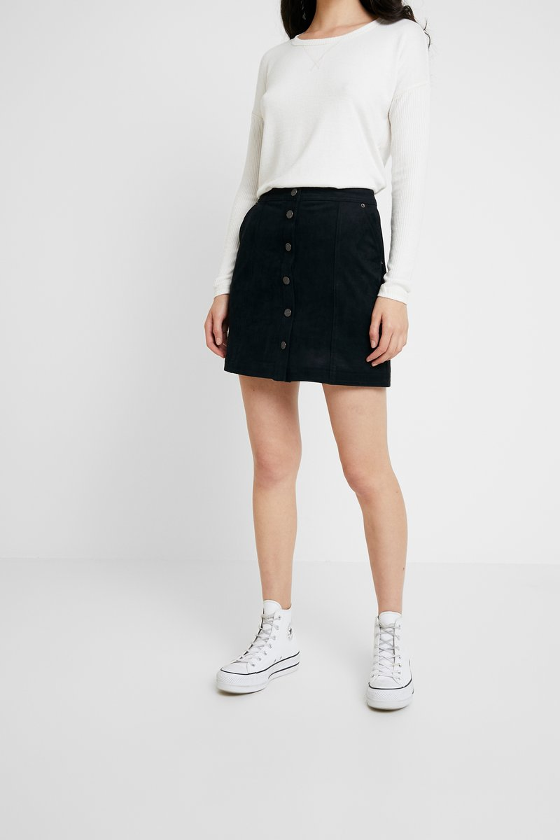Abercrombie & Fitch - SKIRT - A-line skirt - black