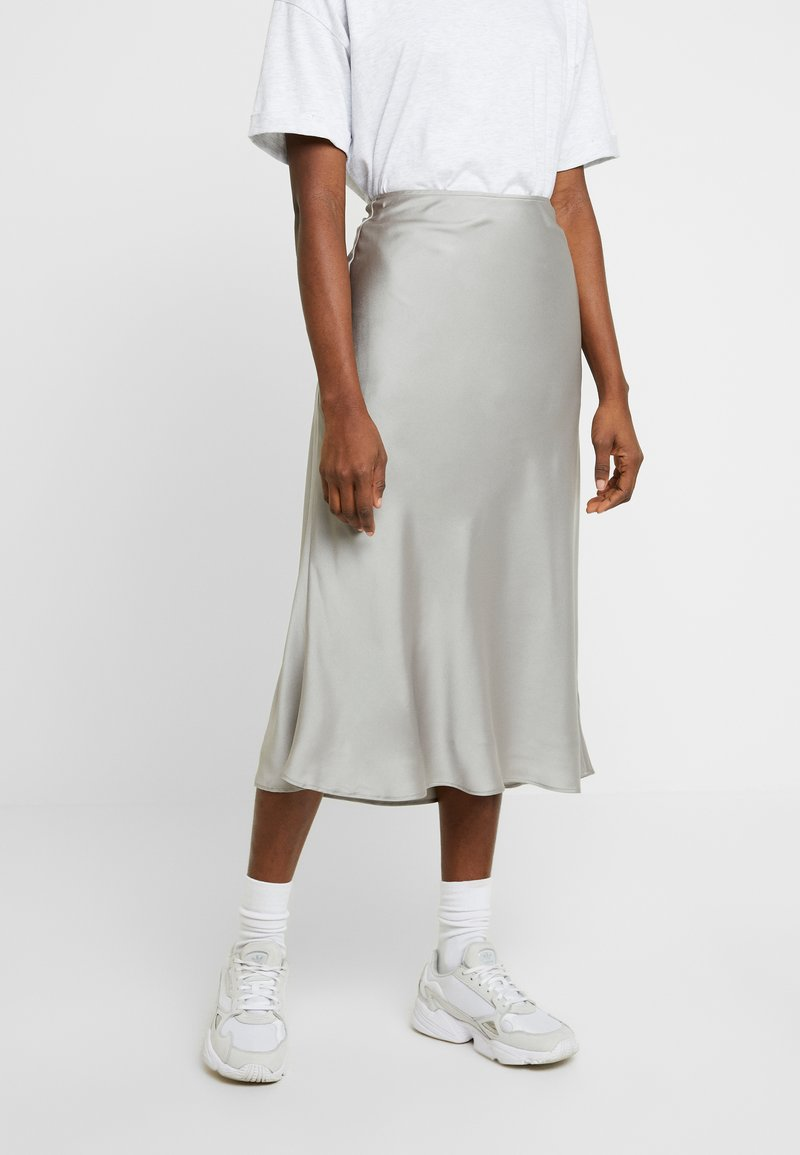 Abercrombie & Fitch - PLEATED MIDI SKIRT - Áčková sukně - cream