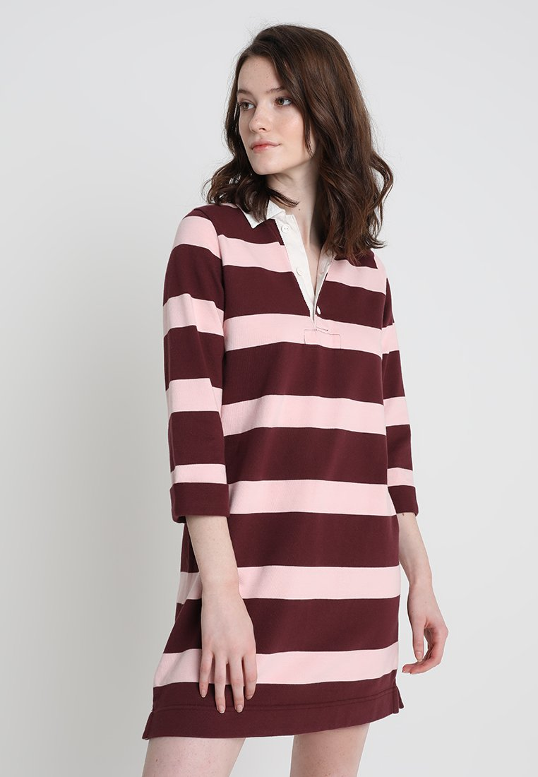 Abercrombie & Fitch - RUGBY POLO DRESS - Vardagsklänning - red/pink