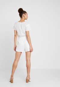 Abercrombie & Fitch - CHASE PIECE ROMPER - Overall / Jumpsuit - white - 2