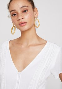 Abercrombie & Fitch - CHASE PIECE ROMPER - Overall / Jumpsuit - white - 4