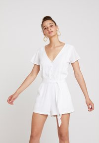 Abercrombie & Fitch - CHASE PIECE ROMPER - Overall / Jumpsuit - white - 0