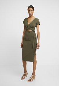 Abercrombie & Fitch - WRAP DRESS - Jersey dress - olive - 0
