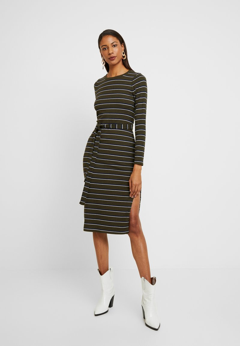 Abercrombie & Fitch - DRESS - Tubino - olive