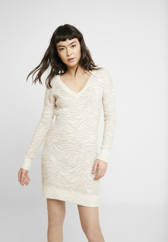 HEAVENLY - Gebreide jurk - beige