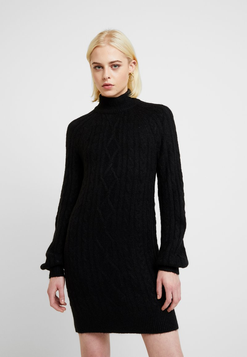 Abercrombie & Fitch - MOCKNECK CABLE - Robe pull - black