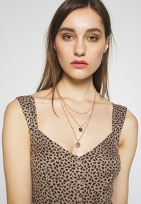Abercrombie & Fitch - Day dress - brown - 3