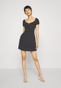 Abercrombie & Fitch - RUCHED BUST MINI - Vestito estivo - black - 1