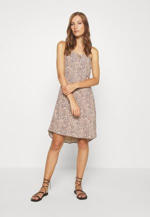 BIAS CUT SLIP DRESS - Denní šaty - light brown
