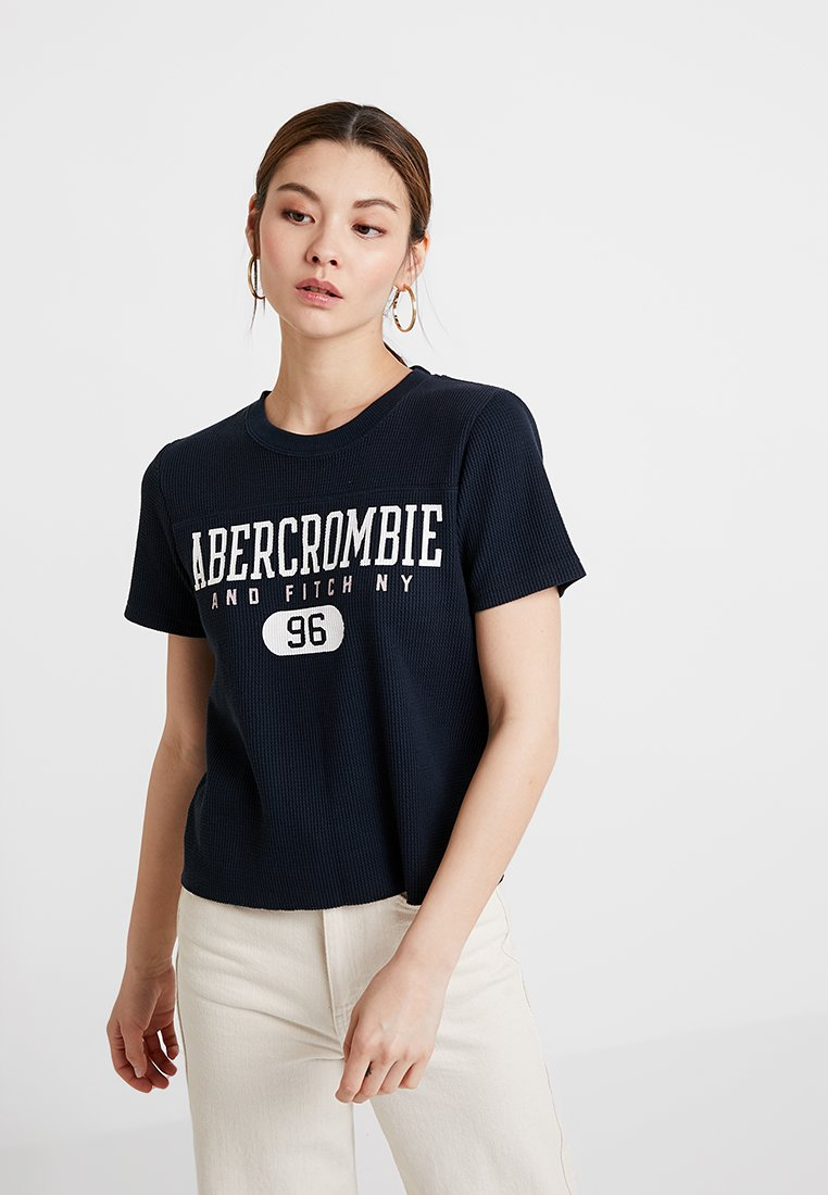 Abercrombie & Fitch - SHORT SLEEVE WAFFLE LOGO TEE - T-shirt con stampa - navy