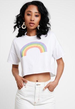 SHORT SLEEVE PRIDE TEE - T-shirt imprimé - white chest