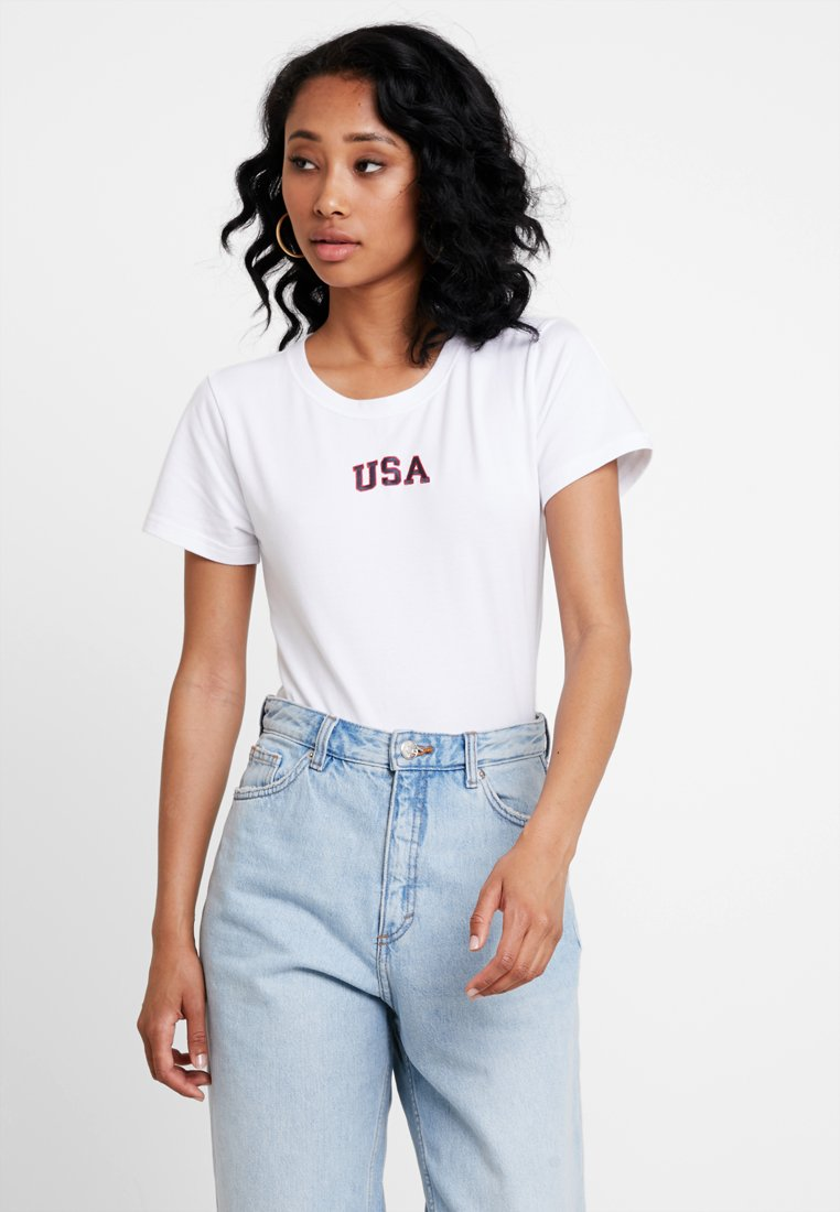 Abercrombie & Fitch - AMERICA - T-shirt con stampa - white
