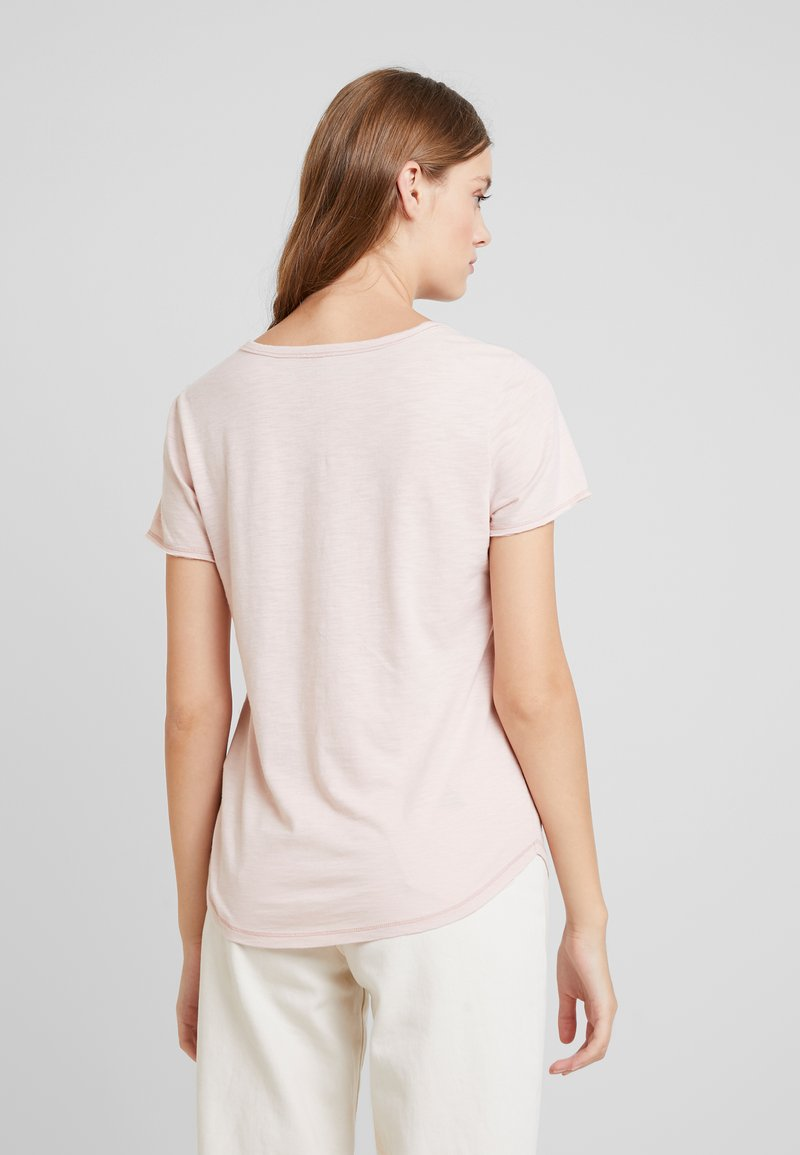 Abercrombie & Fitch SOFT TEE - T-shirts - pink