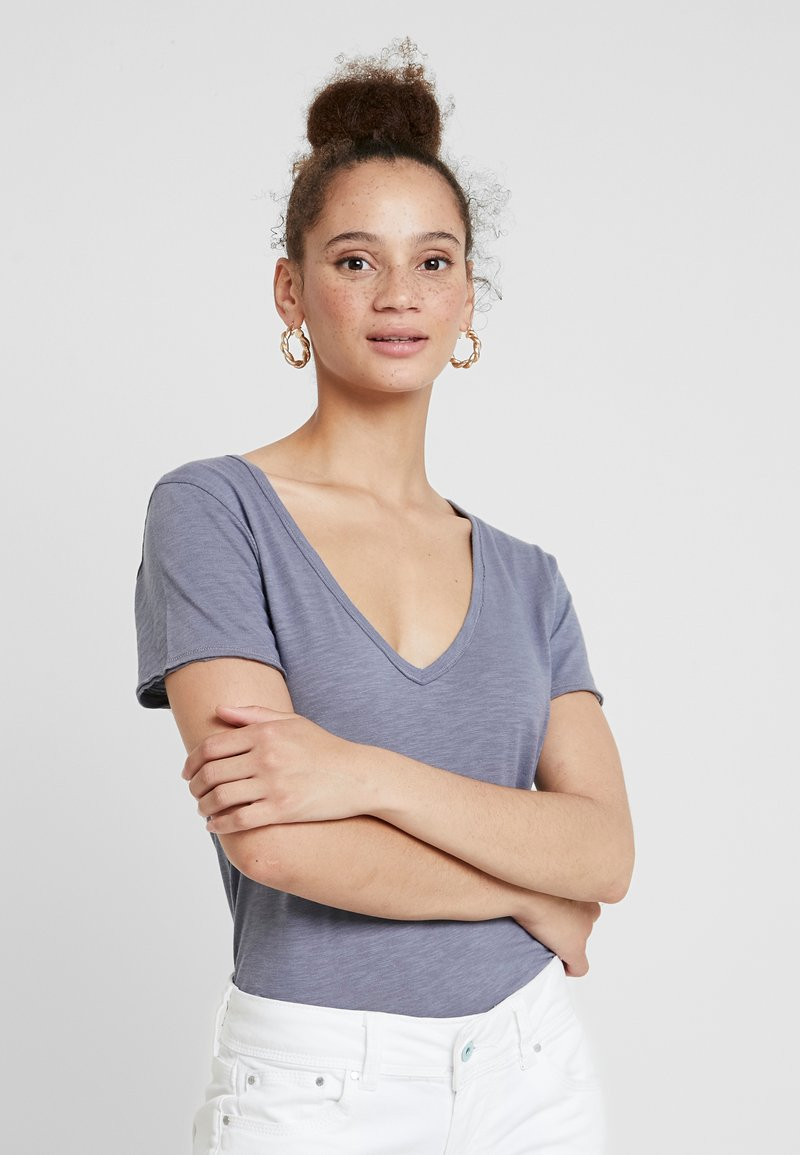 Abercrombie & Fitch - SOFT TEE - T-Shirt basic - blue