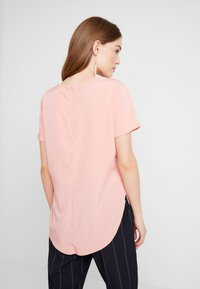 Abercrombie & Fitch - SIDE SPLIT TEE - Bluser - light pink - 2