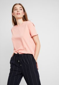 Abercrombie & Fitch - SIDE SPLIT TEE - Bluser - light pink - 0